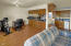 1306 S Pine St, #7, Newport, OR 97365 - Great Room