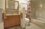1306 S Pine St, #7, Newport, OR 97365 - Onsuite Bathroom