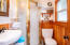 2479 SW Anchor Ave, Lincoln City, OR 97367 - Main floor bath