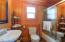 2479 SW Anchor Ave, Lincoln City, OR 97367 - Anchor Studio Bath