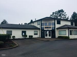 1831 SW Hwy 101, Lincoln City, OR 97367 - Highway view