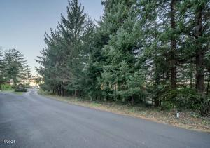 810 NW Highland Circle, Waldport, OR 97394 - _DSC4924-HDR