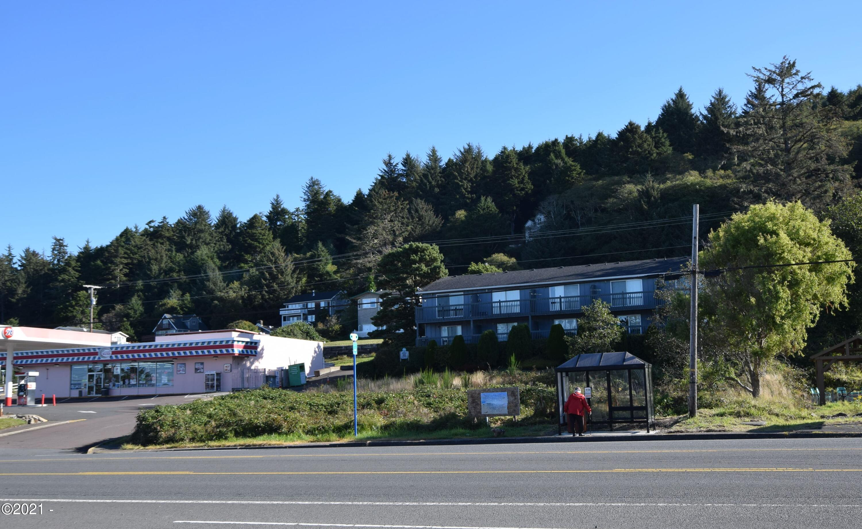 400 BLK   NE Hwy 101, Depoe Bay, OR 97341 - Looking east at lot