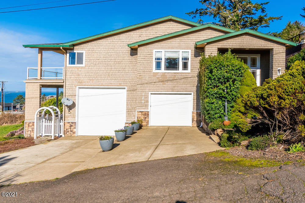 125 NE Allen, Depoe Bay, OR 97341