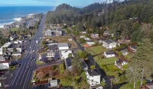 428 Williams Ave, Depoe Bay, OR 97341 - A1a 428 NE Williams