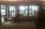 893 NW Highland Dr, Waldport, OR 97394 - Breakfast nook