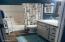 3065 Yaquina Bay Rd, Newport, OR 97365 - Main Floor Common Bathroom