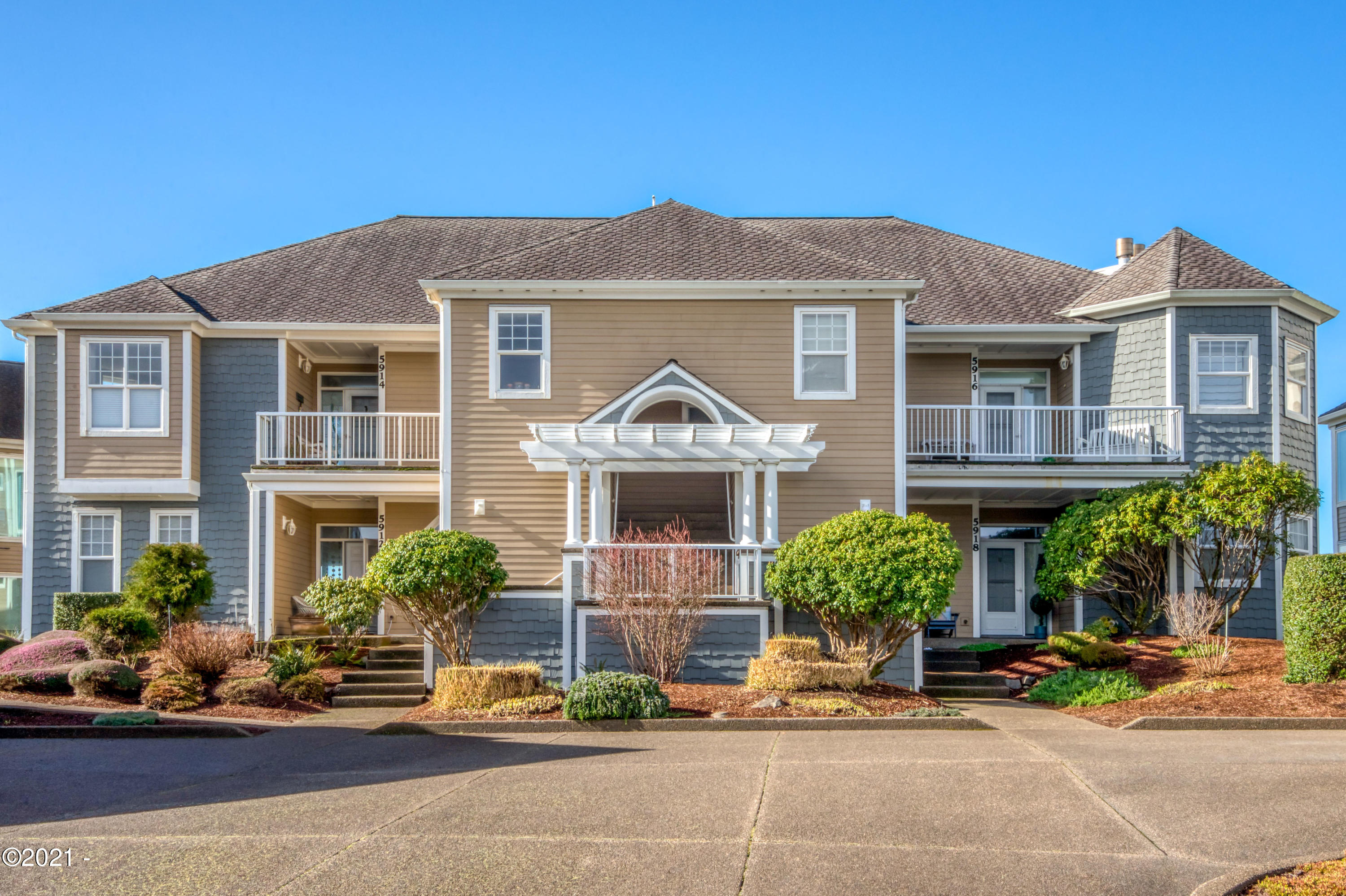 5916 SW Cupola Dr, Newport, OR 97366