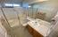 1165 SW Ocean Hills Dr, Waldport, OR 97394 - Guest bath