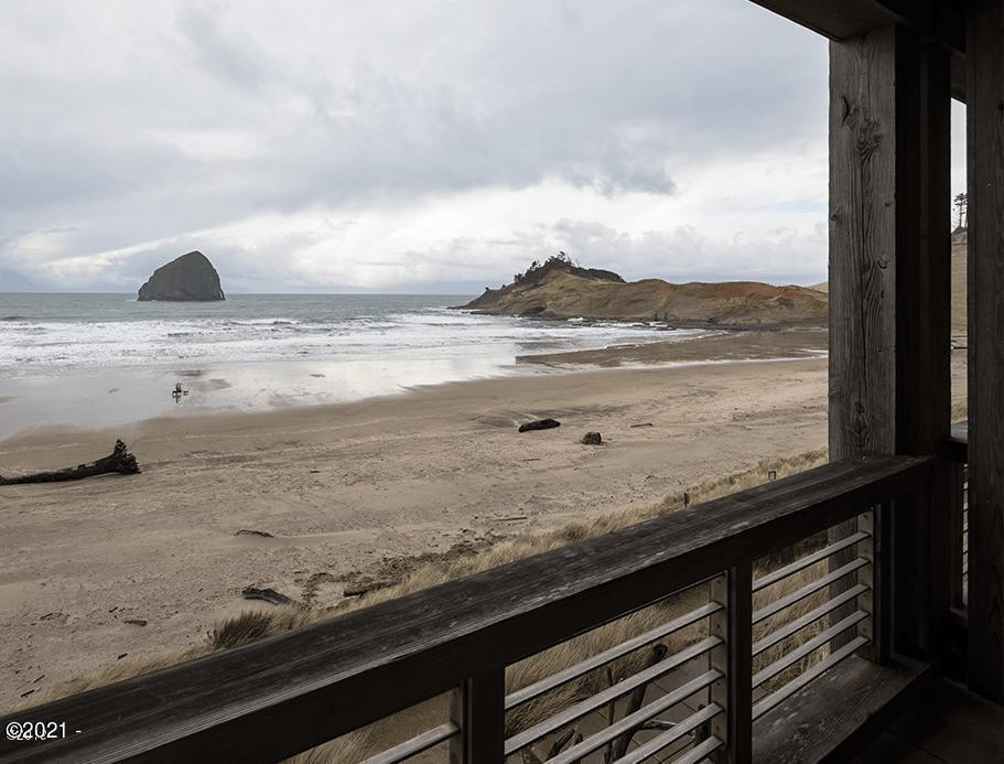 33000 Cape Kiwanda Dr Unit 11 Wk 26, Pacific City, OR 97135