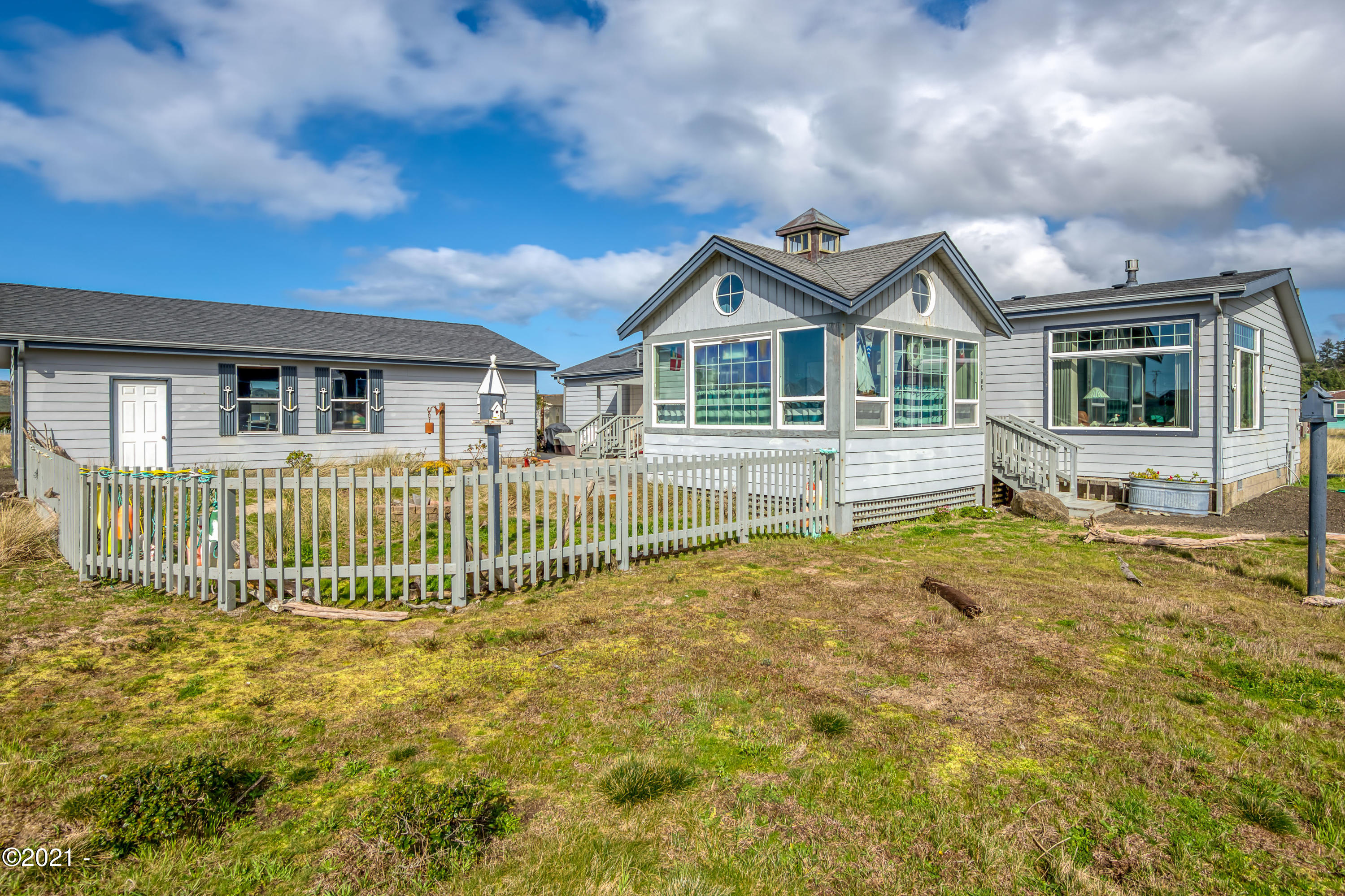 1908 NW Admiralty Cir, Waldport, OR 97394 - Admiralty 24