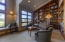 424 NW 19th Ct, Newport, OR 97365 - Library Nook