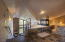 424 NW 19th Ct, Newport, OR 97365 - Master tub