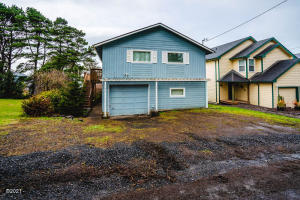 3129 NW Mast Avenue, Lincoln City, OR 97367 - Main