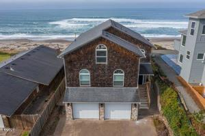 4581 SW Beach Ave, Lincoln City, OR 97367