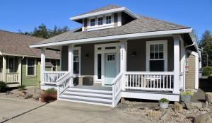 4325 SE Fleming St., Newport, OR 97366 - Front of house.