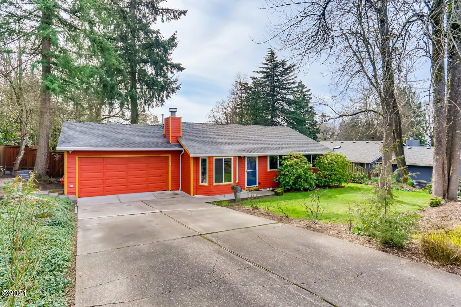 6516 SW Taylors Ferry Rd, Tigard, OR 97223-2204