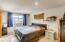 6516 SW Taylors Ferry Rd, Tigard, OR 97223-2204 - 16 Primary Bedroom