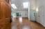 452 SE John Nye Rd, Newport, OR 97365 - Front Entry to Livingroom