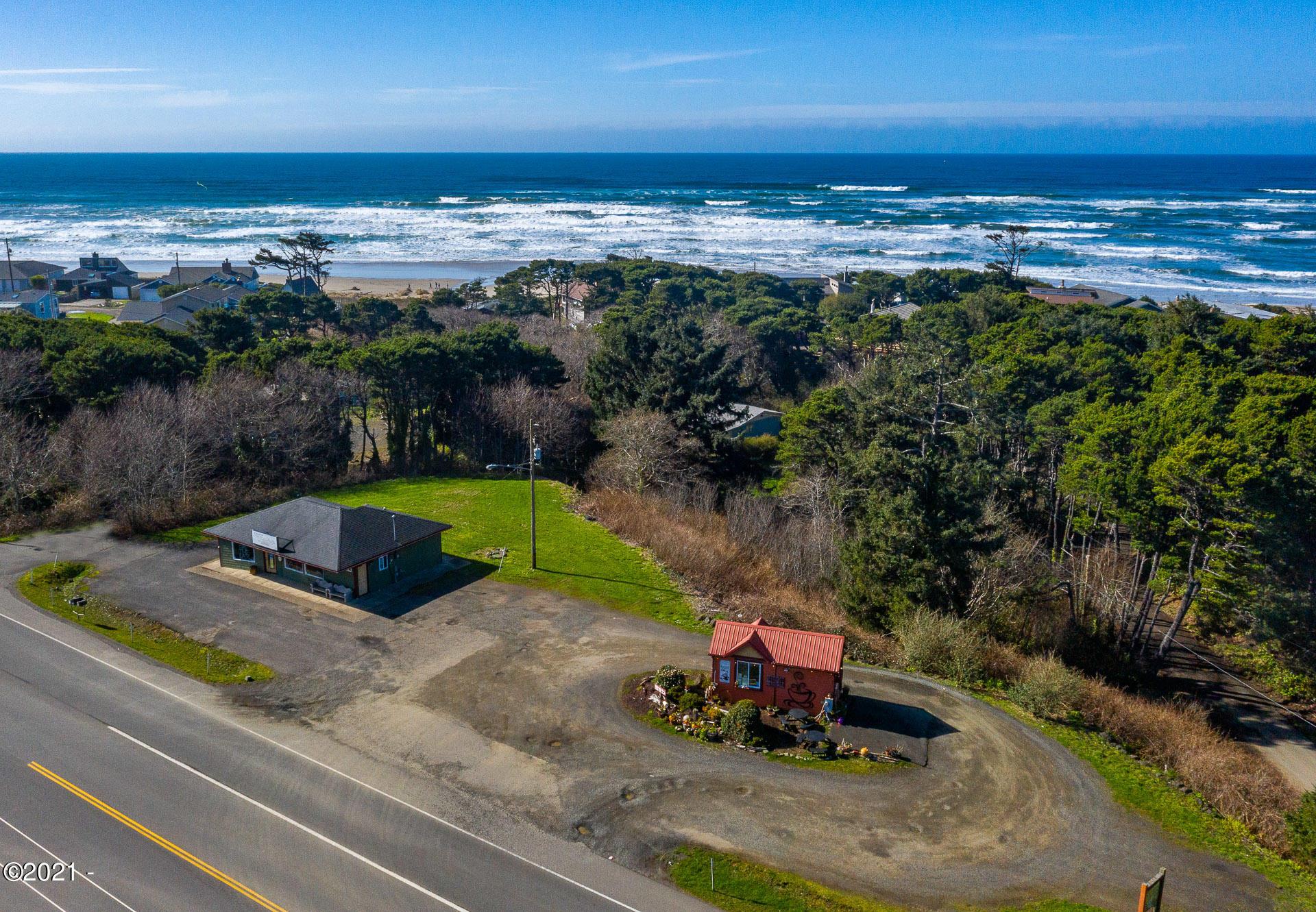1466/1442 SW Pacific Coast Highway, Waldport, OR 97394