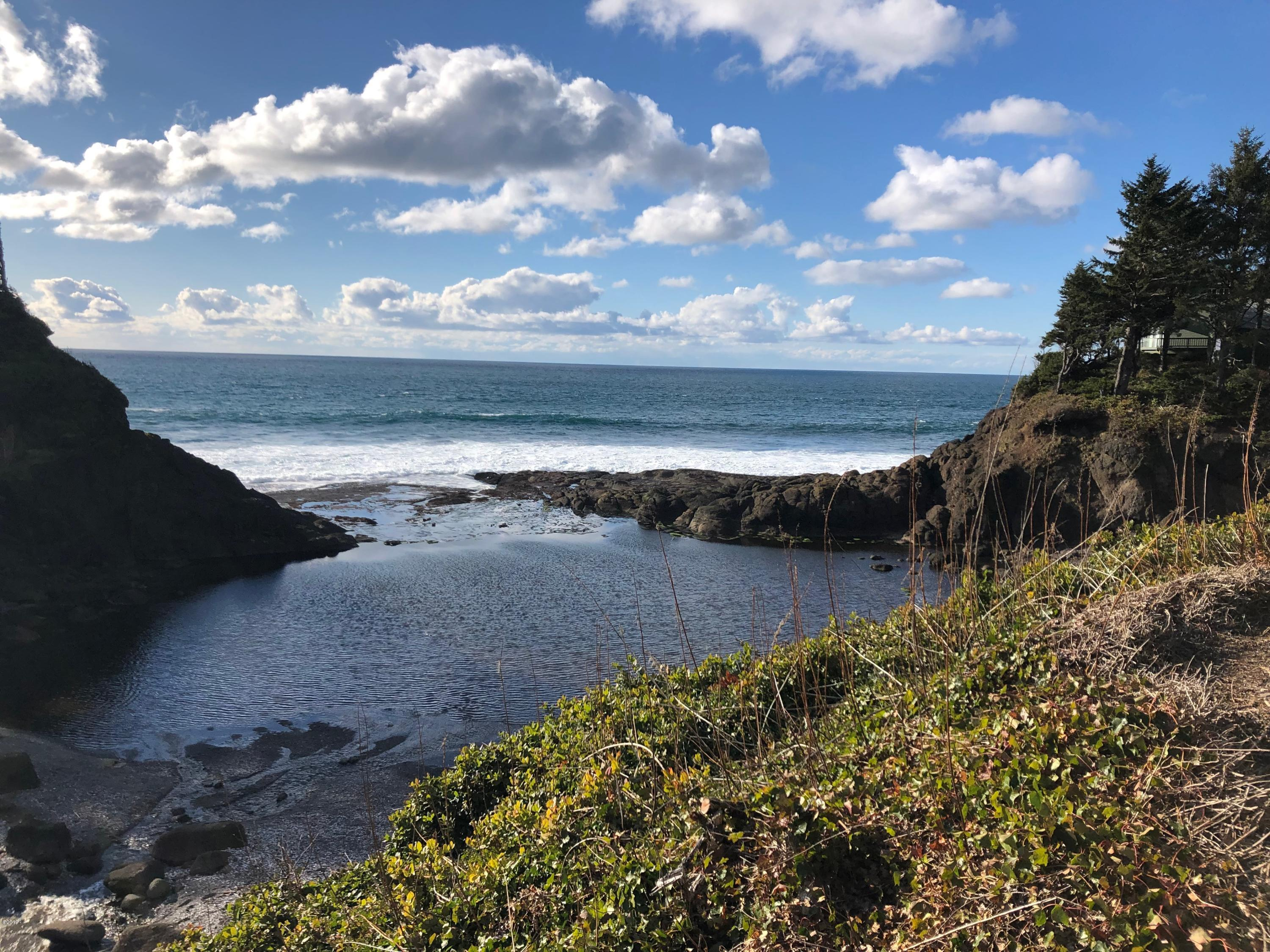 LOT 131 SW Midden Reach, Depoe Bay, OR 97341
