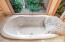 145 Salishan Dr, Gleneden Beach, OR 97388 - Main En Suite Bathroom - Jetted Tub