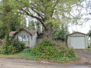5181 NE 50th St, Neotsu, OR 97364 - Front View