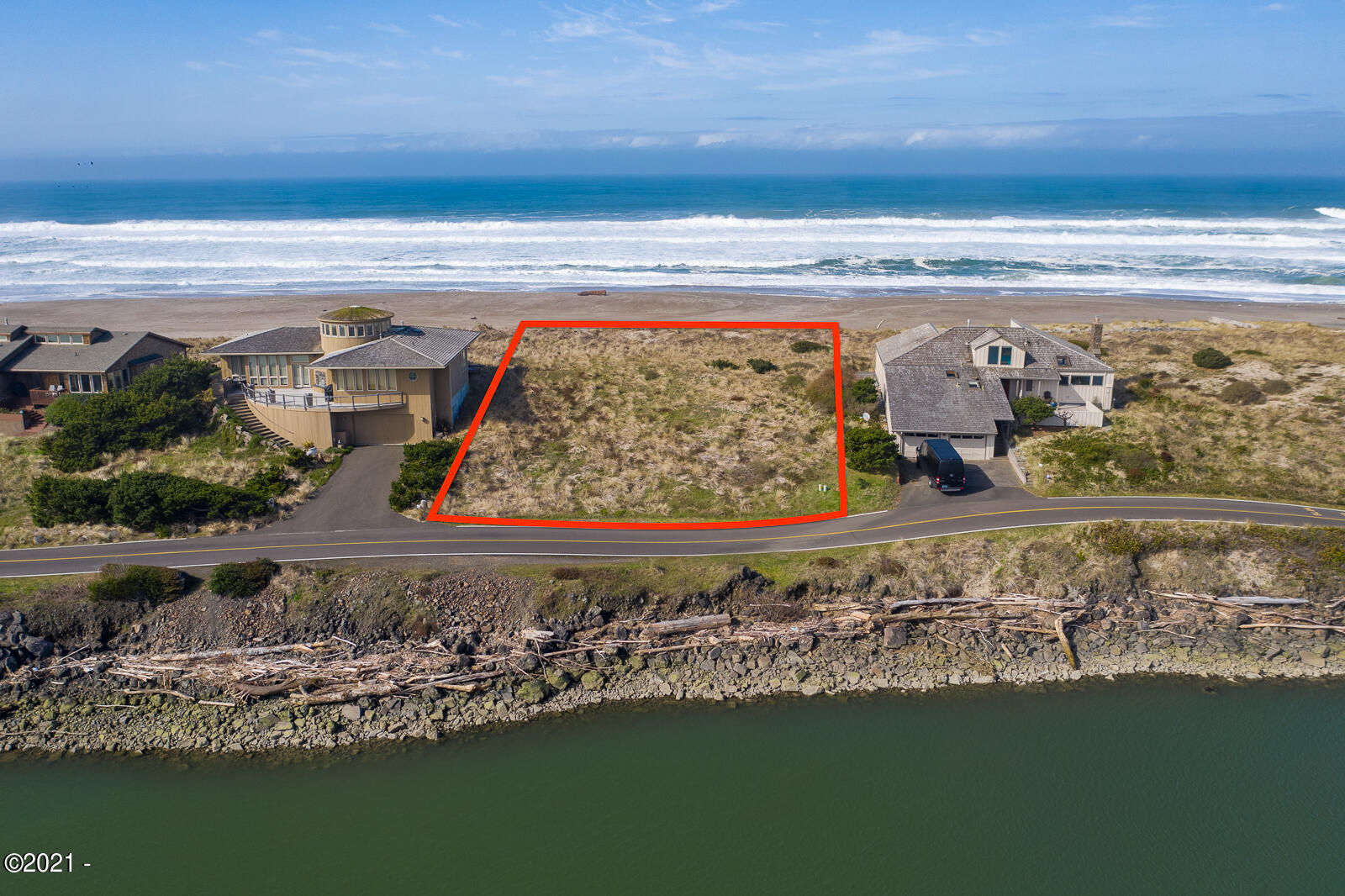 361 Salishan Dr, Gleneden Beach, OR 97388