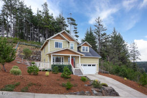 4382 SE Jetty Ave, Lincoln City, OR 97367 - Front of House