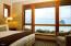 33000 Cape Kiwanda Dr, UNIT 14, WK 36, Pacific City, OR 97135 - Master Bedroom