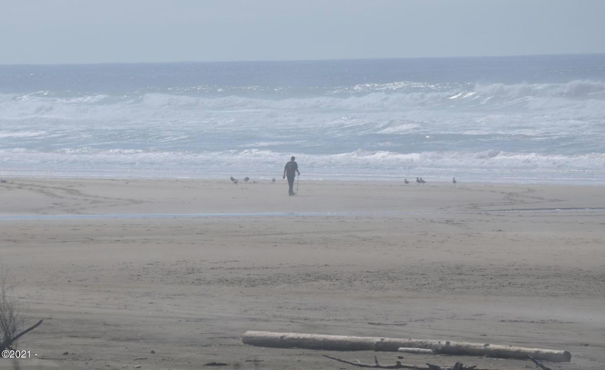6450 SW Arbor Dr, South Beach, OR 97366 - Leaving the crowds behind...