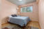 256 NE 56th Ct, Newport, OR 97365 - Master bedroom