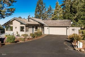 408 Siletz View Ln, Gleneden Beach, OR 97388 - Front Of Home