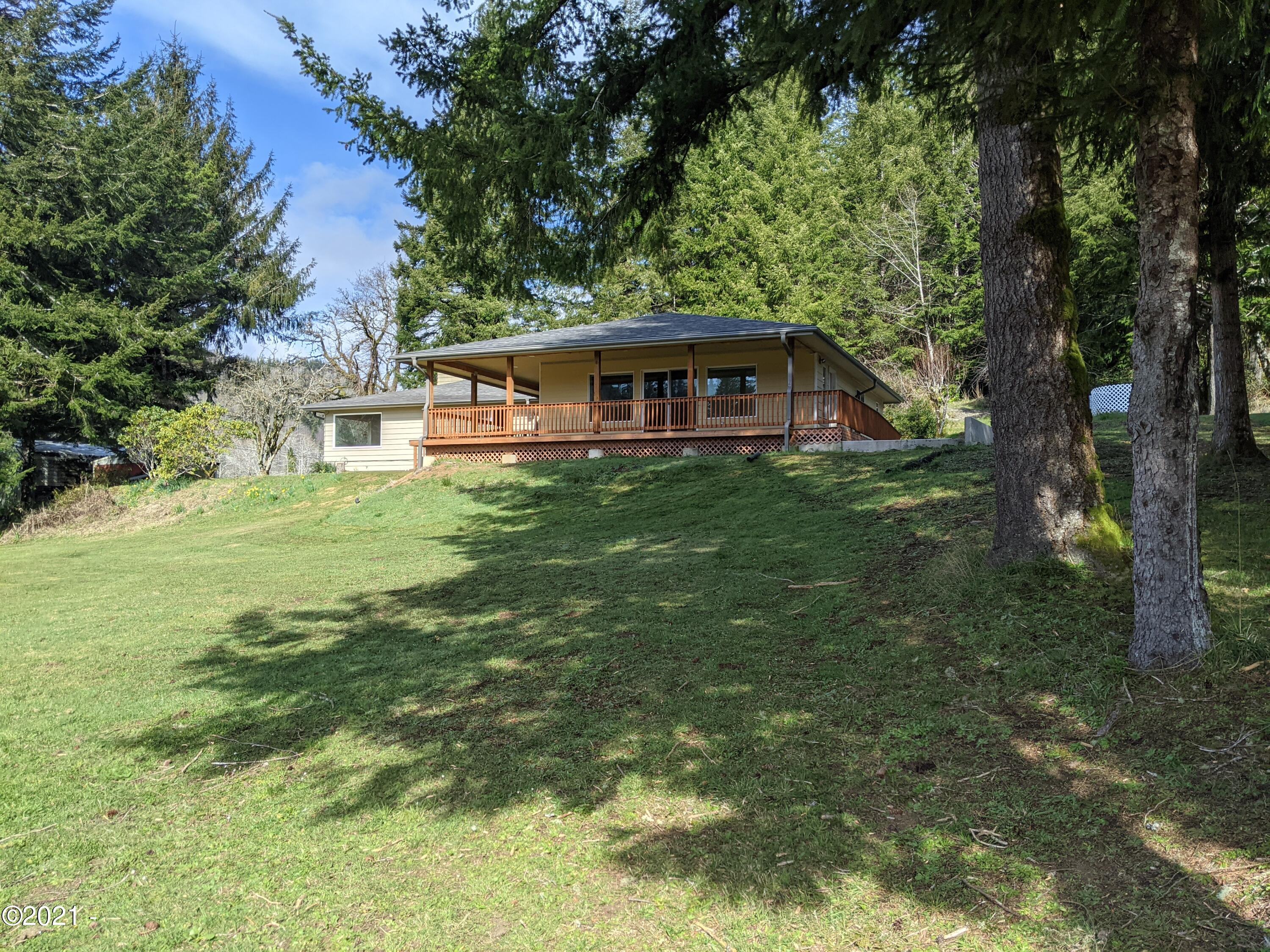 3183 Yasek Loop, Toledo, OR 97391