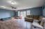 494 Elk City Rd, Toledo, OR 97391 - Living Room