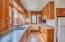 321 SE 35th St, Newport, OR 97365 - Kitchen