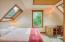 321 SE 35th St, Newport, OR 97365 - Bedroom