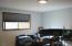 1725 NW Oceanview Dr, Newport, OR 97365 - Upper level Bedroom 1
