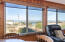 2509 NW Oceania Dr, Waldport, OR 97394 - Livingroom