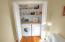 371 Kinnikinnick Wy, SHARE C, Depoe Bay, OR 97341 - Laundry/Powder Room