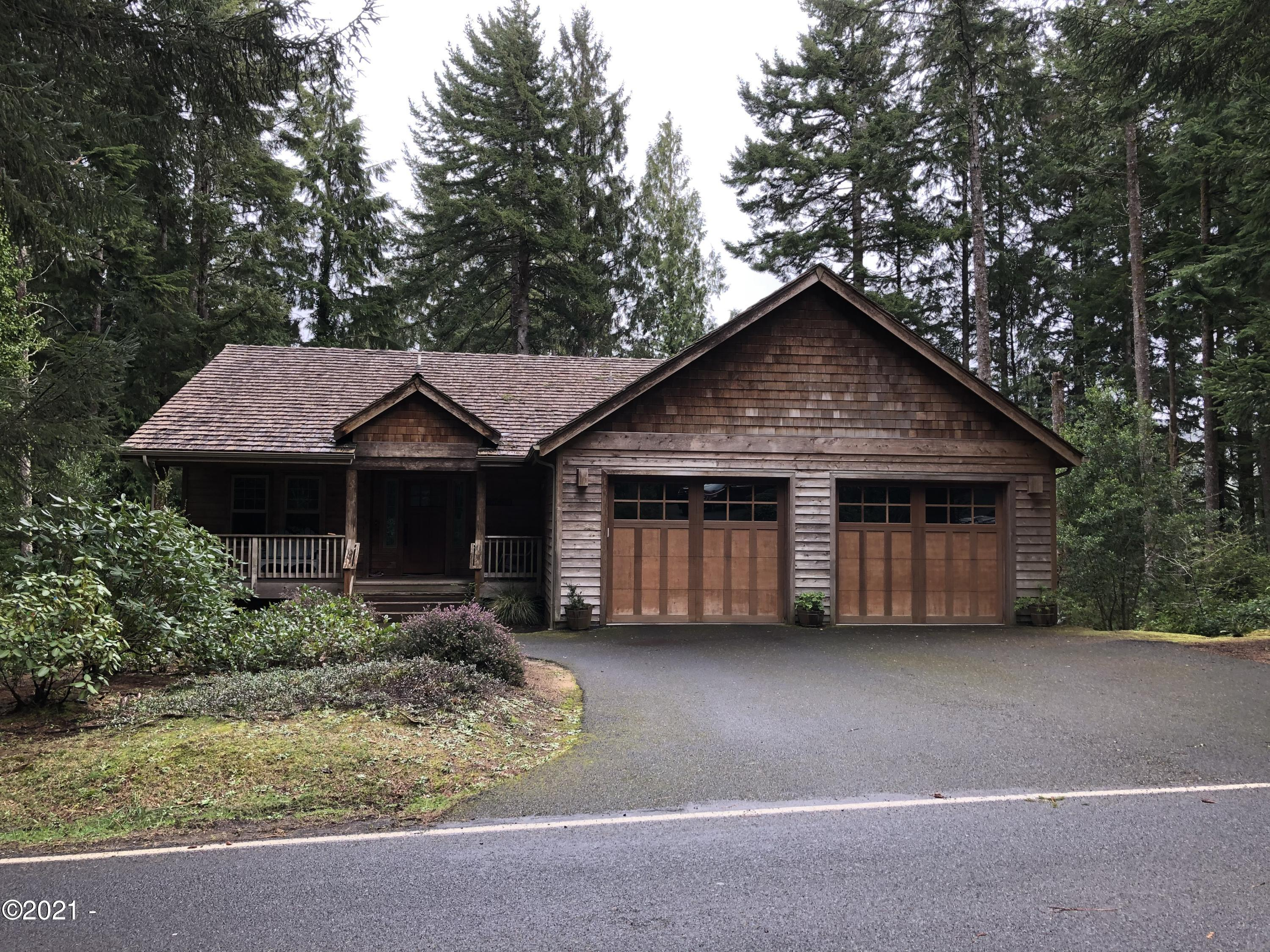 107 Salishan Dr, Gleneden Beach, OR 97388