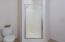 30900 Sandlake Rd, Cloverdale, OR 97112 - Master Bathroom