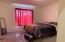 609 NW Inn Way, Waldport, OR 97394 - Master bedroom