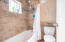 1450 NW 20th St, Lincoln City, OR 97367 - Full Bath