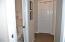 890 SE Bay Blvd, 305, Newport, OR 97365 - Hallway