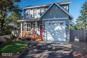 45 NW Sunset St, Depoe Bay, OR 97341 - Front of home.