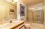 34 Circle Rd, Gleneden Beach, OR 97388 - Guest Bathroom