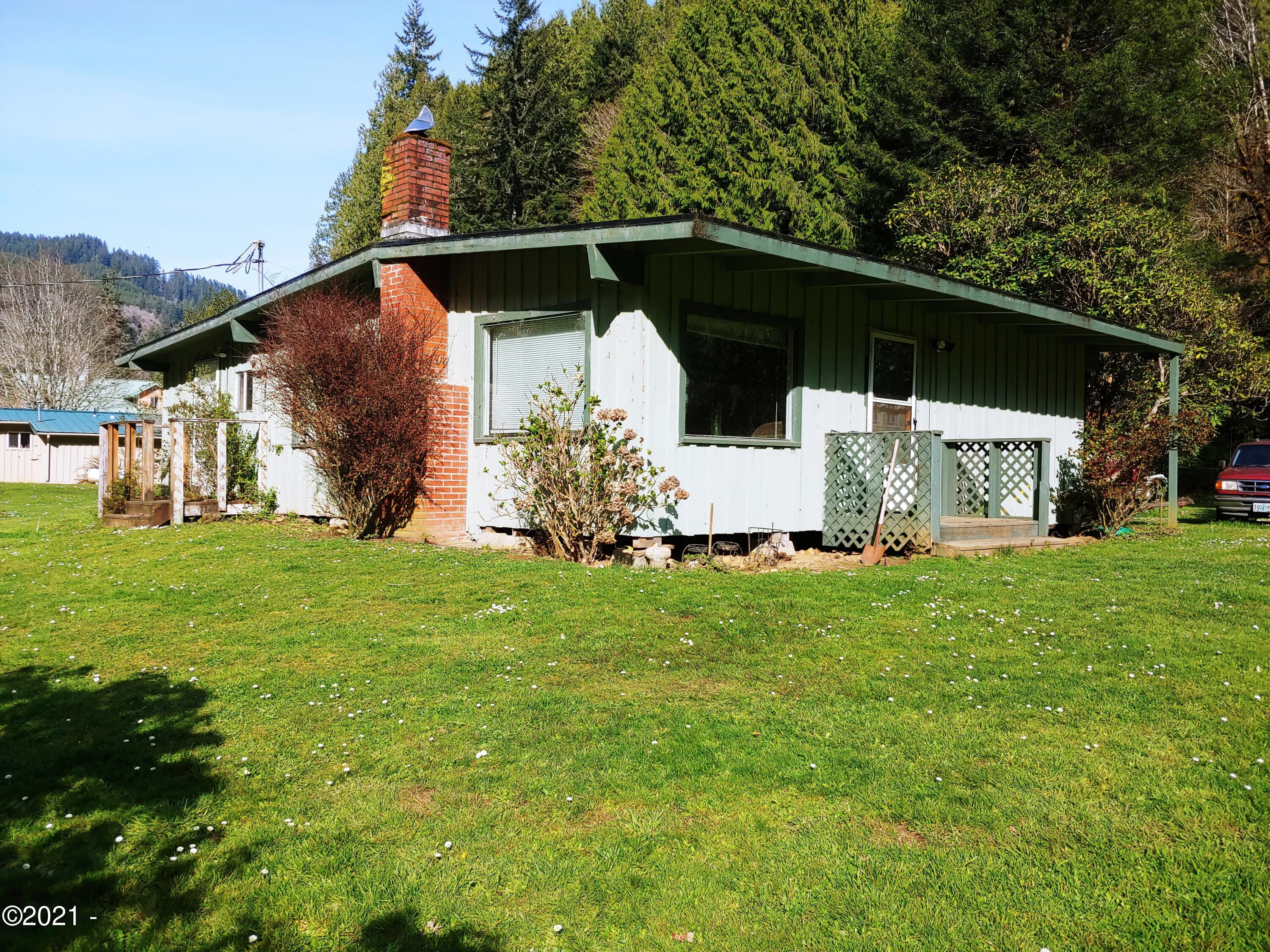 734 Little Switzerland Rd, Tidewater, OR 97390