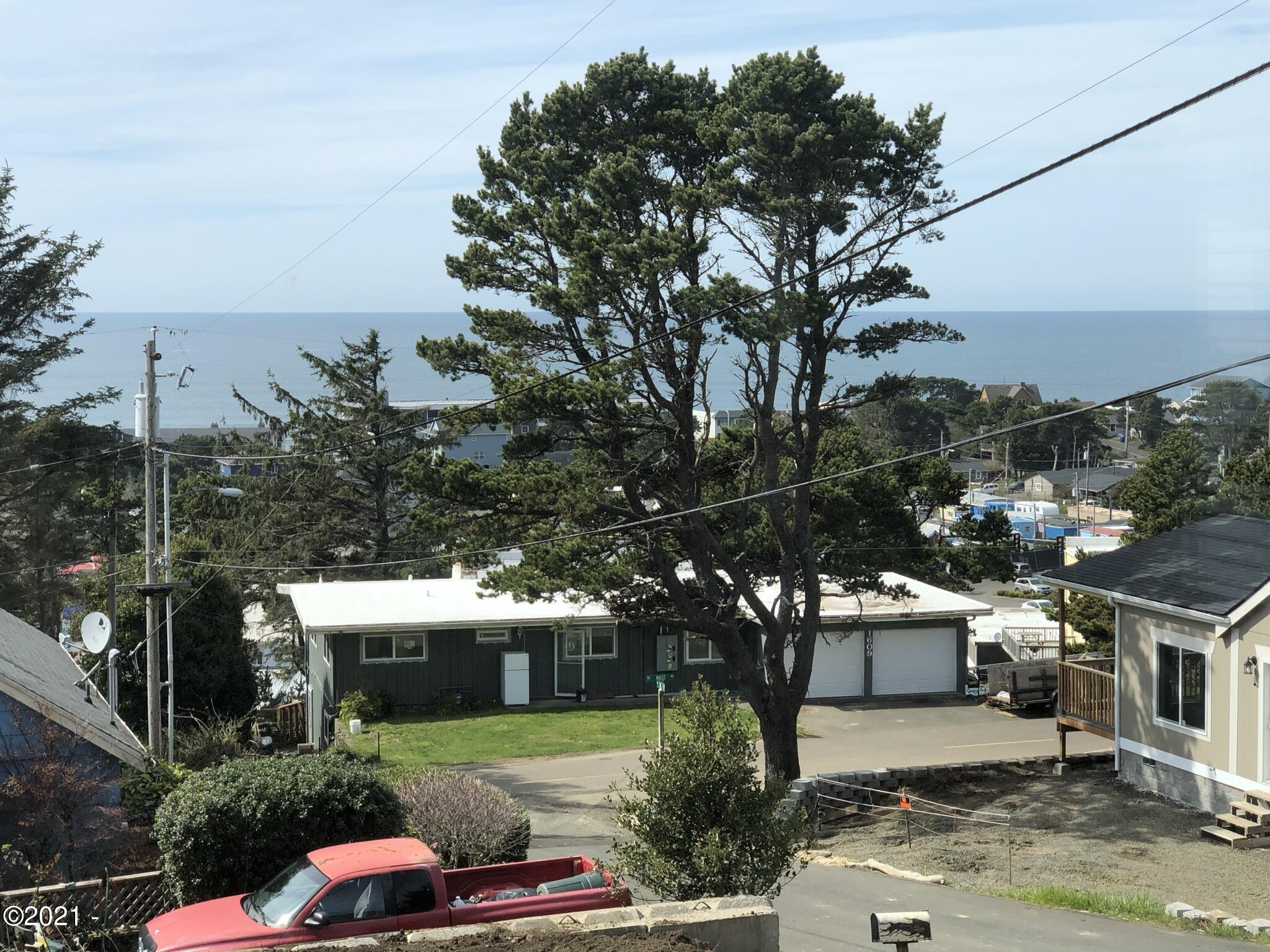 1740 NE 16th St, Lincoln City, OR 97367 - IMG_0973