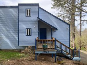 46500 Terrace Drive, Neskowin, OR 97149